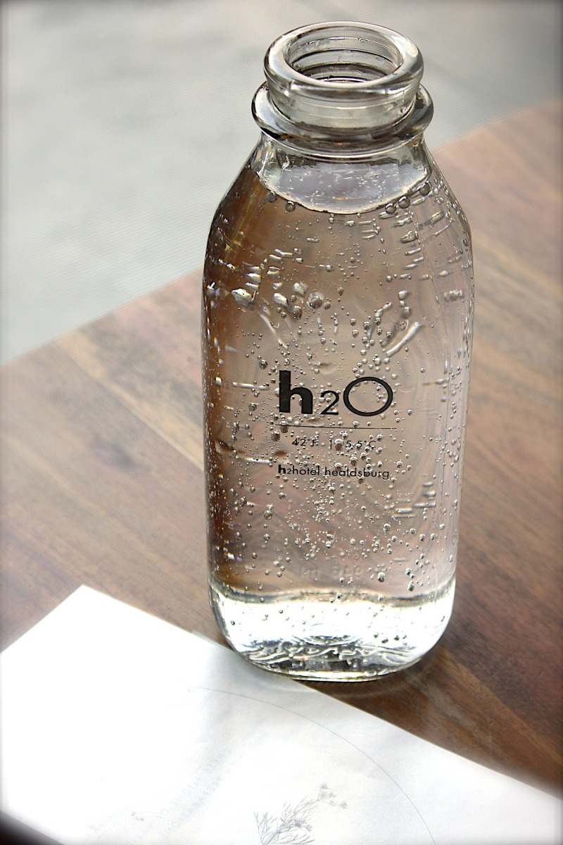 These Smart Water Bottles Will Remind You To Drink Water